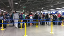 Ryanair bag drop line at 5am